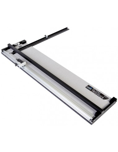 "Total Trimmer 60"" (152cm) capacity"