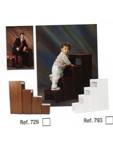 Set 4 white stools ref 793